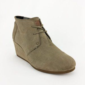 Toms Women's Desert Taupe Suede Boots